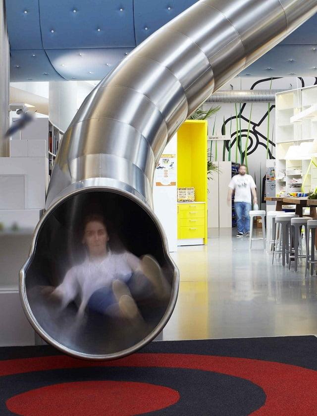 Không gian làm việc mơ ước của mọi nhân viên - Tính năng vui tươi